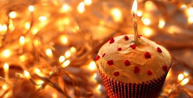 happy_birthday_Cake_Wallpaper