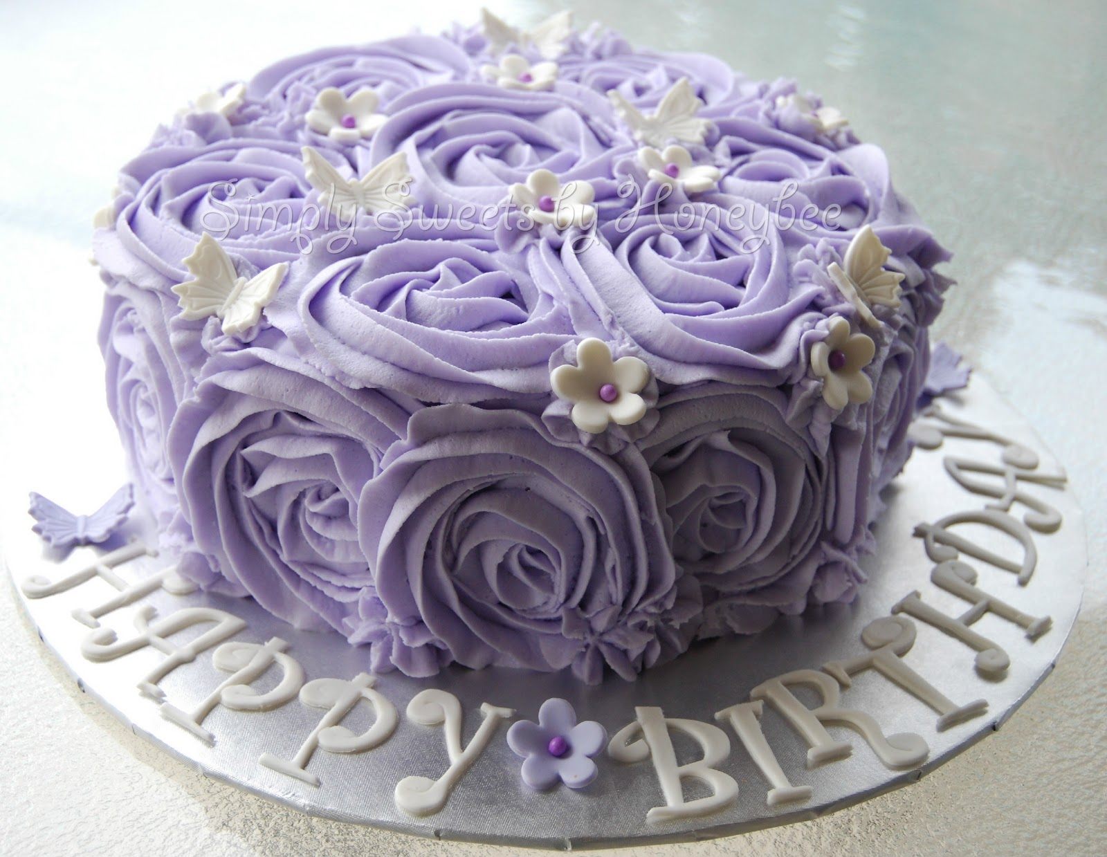 Happy_birthday_cake_with_roses-image
