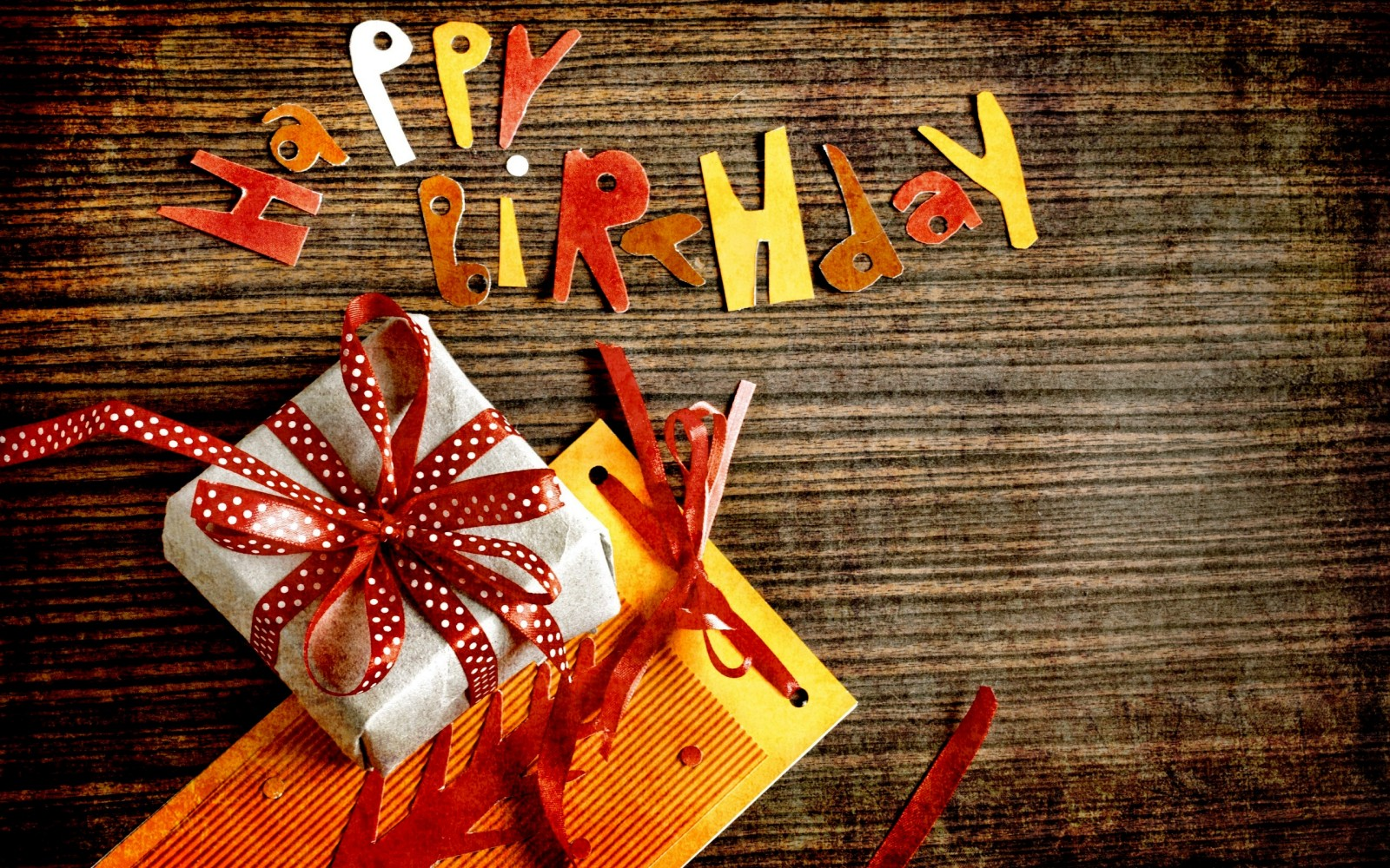 free-happy-birthday-wallpaper download